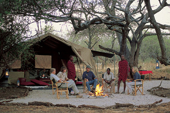 Enjoy the traditional camp atmosphere at Amboseli Porini Camp