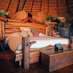 The comfortable rooms of Ol Molo Lodge are spacious and have a great view.